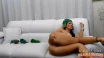 Com roupinha do Brasil, Bruna Ferraz anima o chat de sexo!