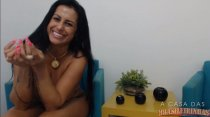 Acesse o chat ao vivo veja os peitos grandes de Julia Almeida